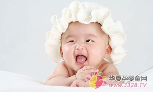宝宝吐奶需要看医生的几种情况