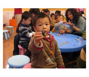安麒汇滢早教中心陶艺活动
