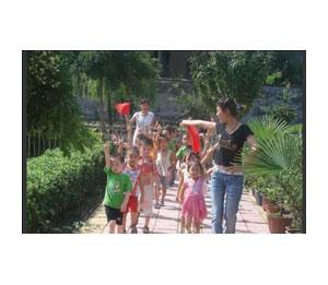 大风车幼儿园――课外活动